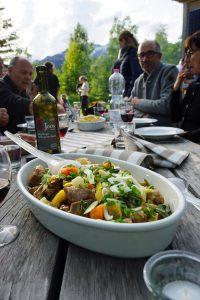 Köstlichkeiten auf dem Tisch