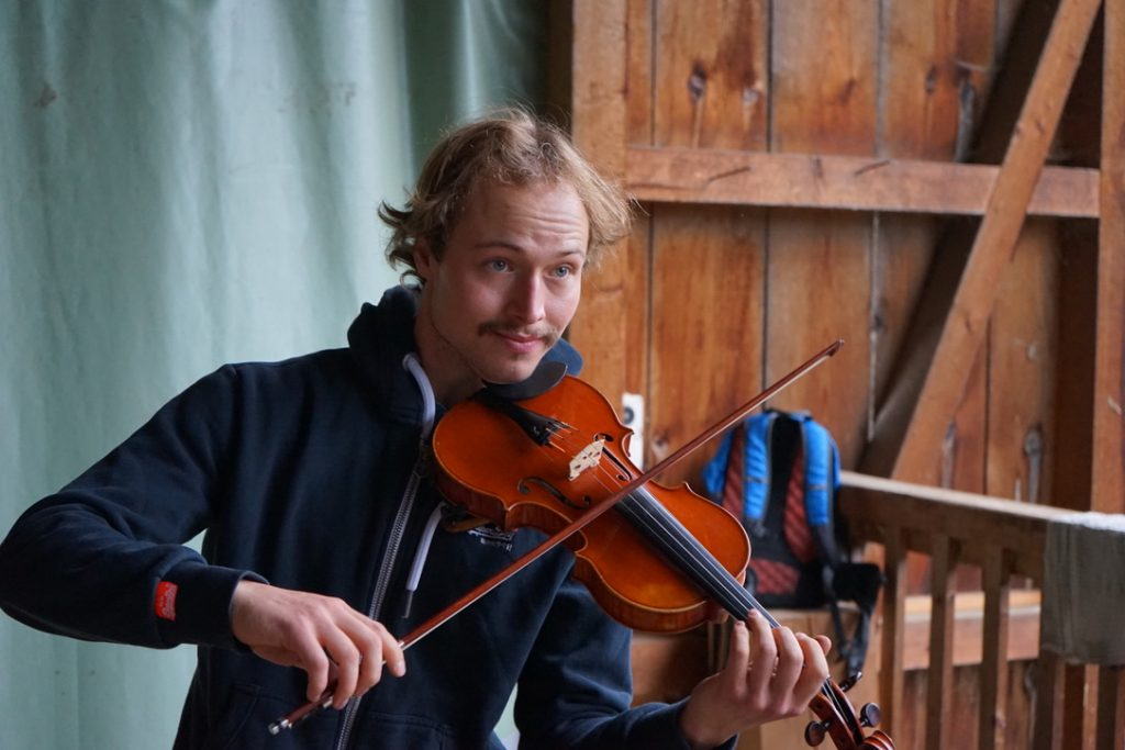 Musikalisches Ständchen auf dem Biohof Albin