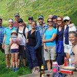 Wanderer in der Surselva: Gruppenbild Alp Russein